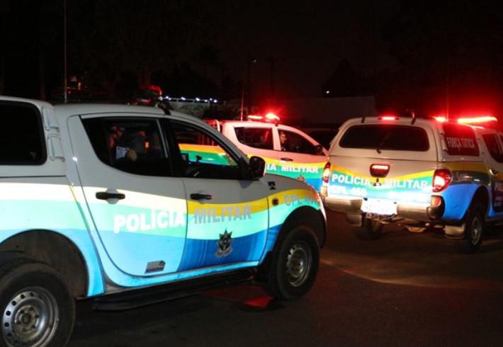 Homem é atacado com várias facadas após dançar com mulher em festa