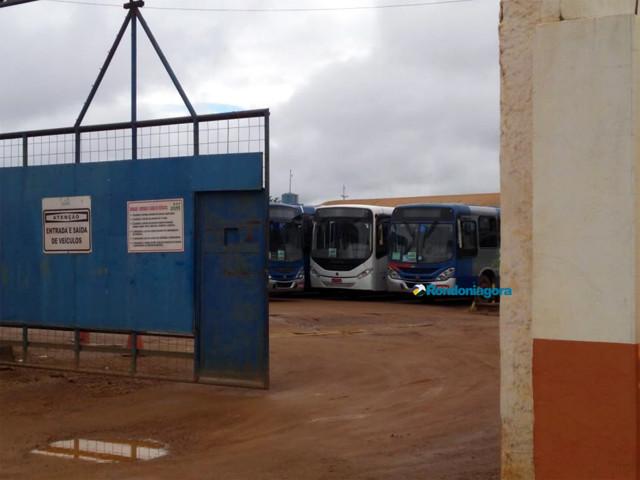 Consórcio SIM diz que já pagou trabalhadores e culpa Prefeitura pelo colapso no setor
