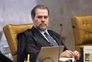 Dias Toffoli autoriza Lula a se encontrar com familiares em base militar, após a morte do irmão