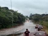 Vídeo: Cheia do Rio Jamari isola Alto Paraíso e pode complicar acesso a outras três cidades