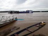 Rio Madeira começa a invadir ruas do Cai N'Água em Porto Velho; Vídeo