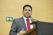 Jair Montes afirma que fiscalizará o Executivo e exigirá que a Constituição seja cumprida