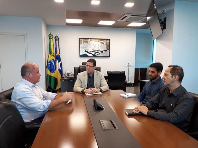 Prefeito garante com governador continuidade do PAC
