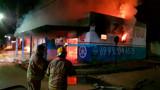 Incêndio criminoso destrói loja e oficina de motocicletas na capital