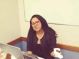 Em conversa com amigos, professora relatou medo do assassino e burocracia para ser atendida; ouça