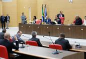 Assembleia derruba veto e proíbe apreensão de veículos com IPVA em atraso