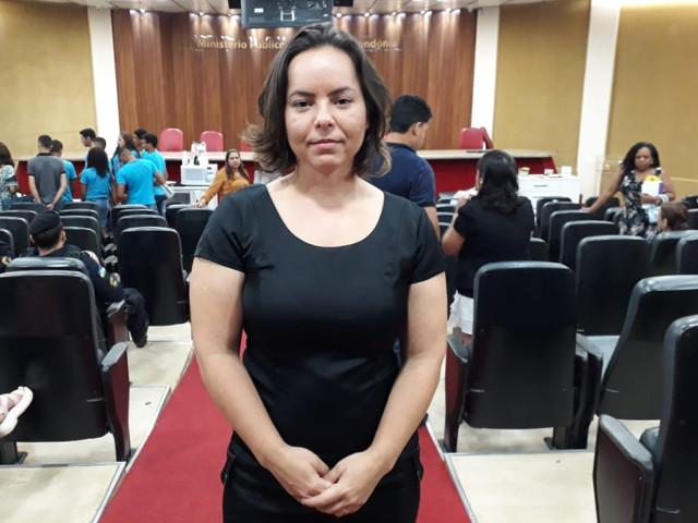 Promotora fala que mulheres vítimas de violência precisam de apoio de familiares, amigos e vizinhos