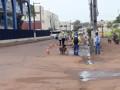 Prefeitura realiza limpeza e libera vias interditadas na região central da Capital