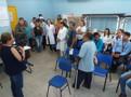 Após mobilização de servidores, Prefeitura manterá diretora do Osvaldo Piana