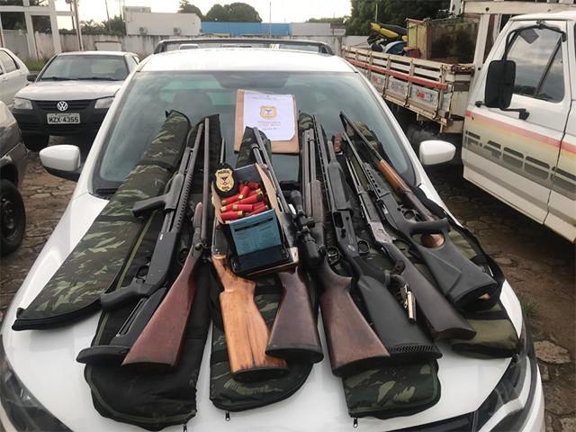 Operação Rúbido prendeu 10 pessoas e apreendeu mais de 80 armas de fogo