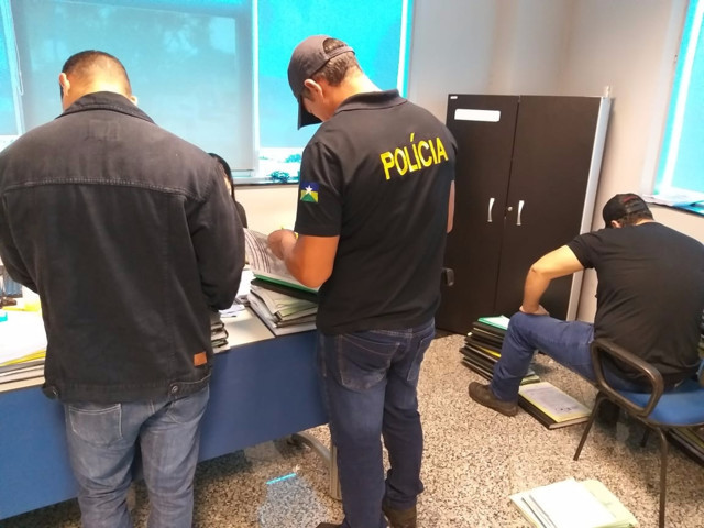 Em nova fase da Operação Pau Oco, 225 policiais cumprem 8 mandados de prisão e 45 buscas e apreensões