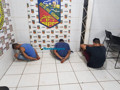 Polícia prende trio com dois simulacros após roubo de moto na Zona Leste