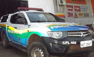 Homem espanca e ameaça ex-mulher grávida na frente da filha na Capital