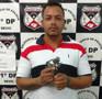 Monitorado por tornozeleira é preso após se exibir com armas em redes sociais na Capital