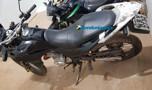 Polícia prende dupla que passeava com moto roubada