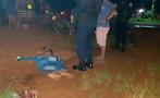 Criminoso com moto roubada é espancado por populares durante tentativa de assalto