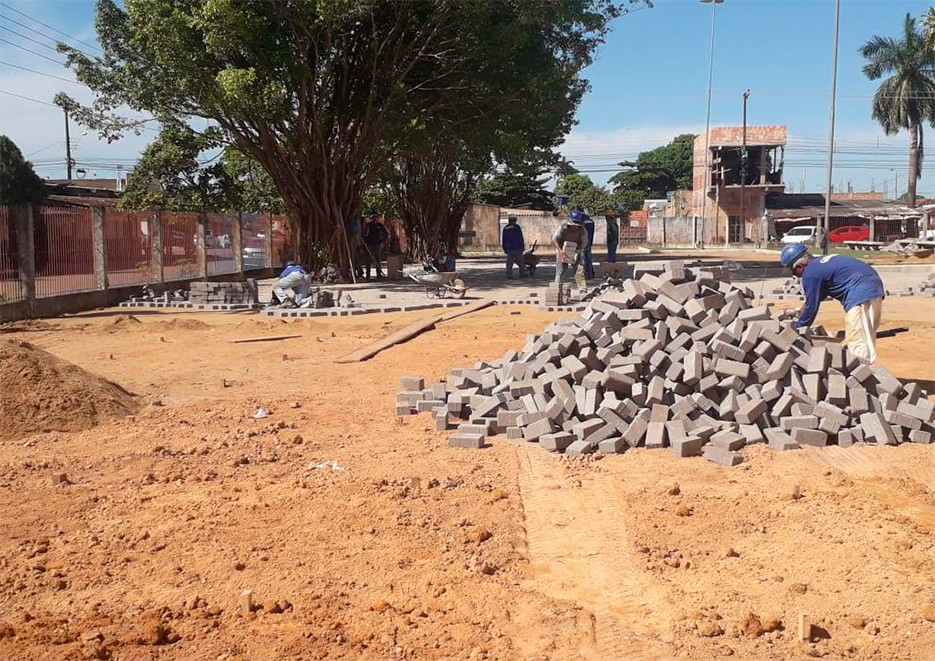 Prefeitura fiscaliza obras do complexo esportivo do Colégio Padrão