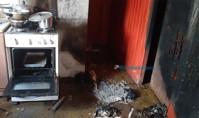 Casa pega fogo após dona trocar botija de gás