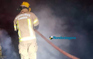 Casa é destruída pelo fogo na Zona Leste de Porto Velho
