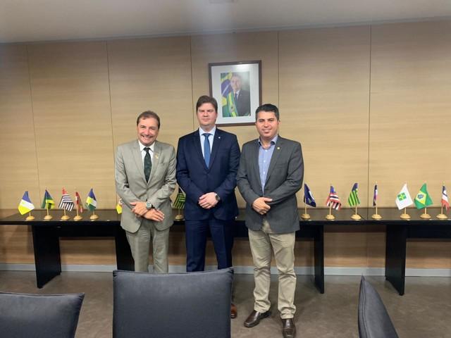 Ministro oficializa liberação de R$ 32 milhões para obras de infraestrutura em Porto Velho
