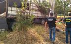 Quatro são presos descarregando mercadorias de caminhão roubado