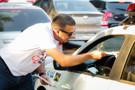 Deputado Alex Silva promove pit stop em apoio ao Agosto Lilás, que combate a violência contra a mulher