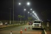 Prefeitura da Capital instala rede de iluminação aérea na Guaporé