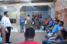 Edesio Fernandes visita moradores do bairro Nacional