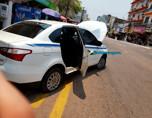 Motorista de carro com mandado de busca resiste a ordem, destrói veículo e faz ameaças com faca