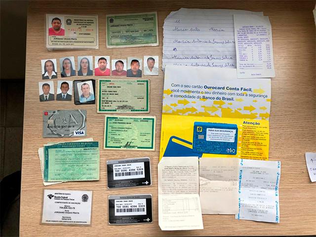 Polícia cumpre mandados de busca contra quadrilha de estelionatários