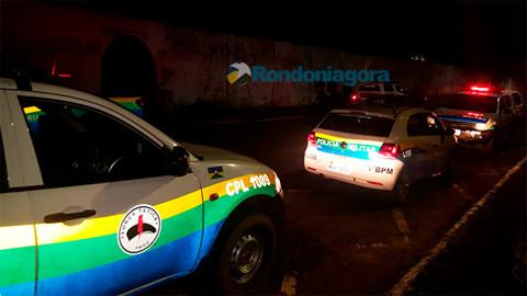 Bandido invade condomínio, rende família, faz arrastão e foge no carro da vítima