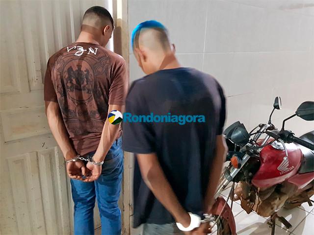 Assaltantes são presos com arma caseira e moto roubada na capital