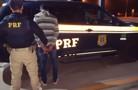 PM e PRF prendem traficante em ônibus com mais de seis quilos de maconha