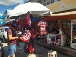 Vendas de bandeiras e camisas do Flamengo disparam