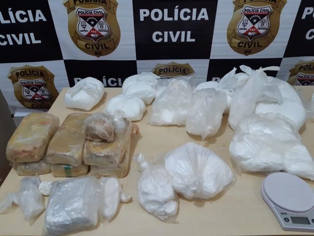 """Polícia Civil apreende 8 quilos de droga na casa de traficante """"empresário"""""""