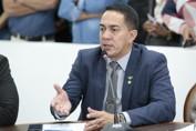 Deputado Eyder Brasil assina projeto para extinguir benefício