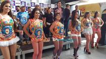Vídeo: Banda do Vai Quem Quer apresenta camisa e marchinha dos 40 anos