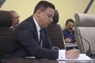 Edesio Fernandes anuncia reunião para tratar destinação dos resíduos de vidros e Plásticos