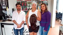 Salão na Capital doa perucas para pacientes com câncer