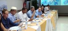 Prefeitos realizam plenária e deliberam pautas prioritárias para o fim de mandato