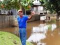 Apesar de alerta da Defesa Civil, ribeirinhos permanecem em áreas alagadas em Ji-Paraná