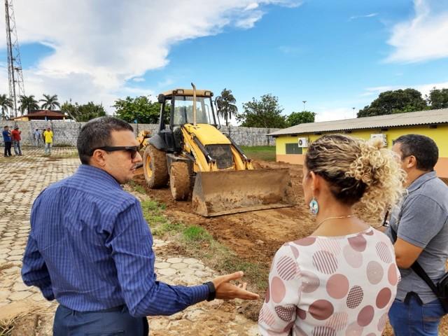 Deputado Alex Silva destina emenda para construção de salas de aula em Candeias do Jamari