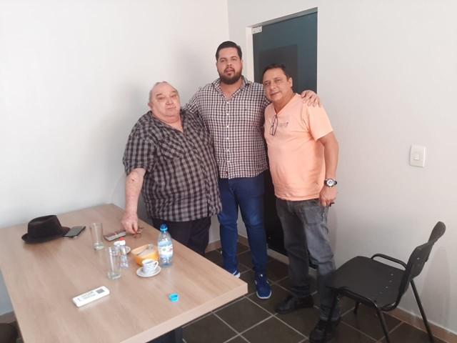 Deputado Jean Oliveira lamenta o falecimento do medebista histórico Almir Canduri