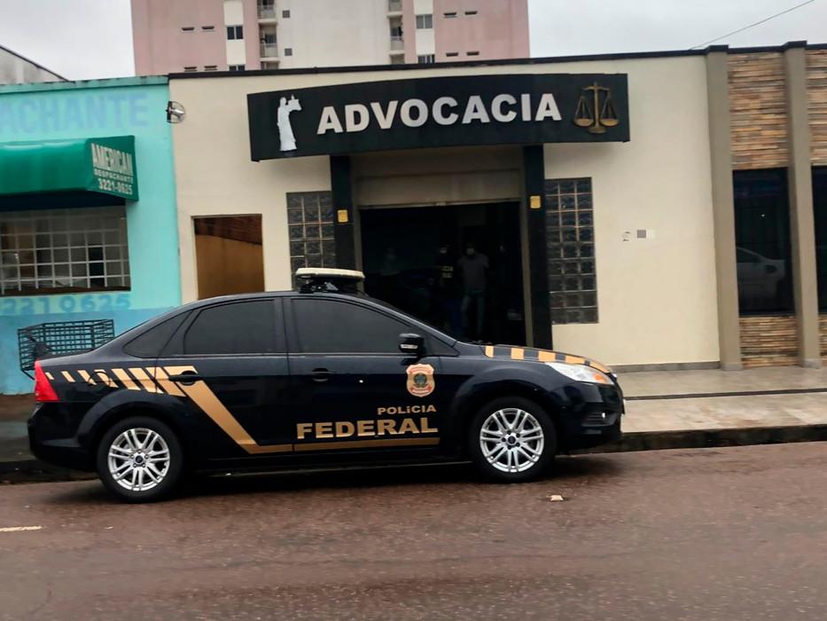 Operação da PF mira advogados e família de ex-policial em Porto Velho