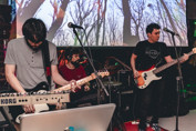 Banda Wari apresenta novos e antigos trabalhos em live de quarentena na terça-feira