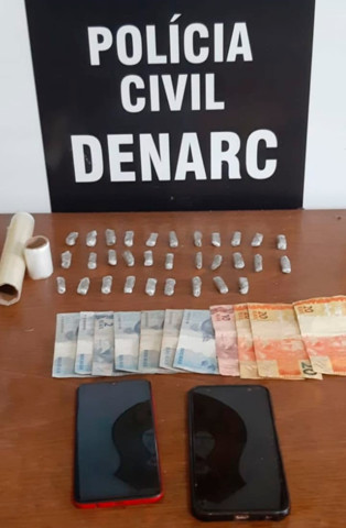 Ação do Denarc prende traficante com porções de maconha