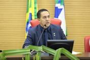 Deputado Eyder Brasil pede urgência no pagamento dos servidores da saúde