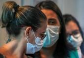 Bolsonaro veta uso obrigatório de máscara no comércio, escolas e templos