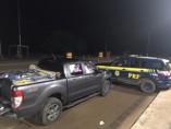 PRF prende mulher dirigindo veículo cheio de cuecas bolivianas