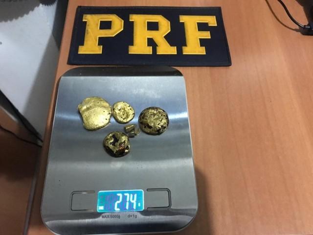 PRF aprende ouro avaliado em mais de R$ 137 mil